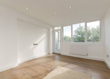 2 bed maisonette for sale in Raynham House, Stepney E1
