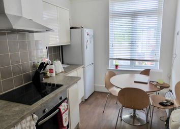 Thumbnail 3 bed shared accommodation to rent in Victoria Street, Englefield Green