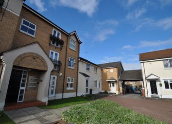 Thumbnail 2 bed flat for sale in Darnholm Court, Hull