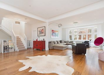 Thumbnail 4 bedroom flat for sale in Hollycroft Avenue, Hampstead