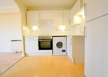 Thumbnail 1 bed flat to rent in Falcon Way, Mudchute, London
