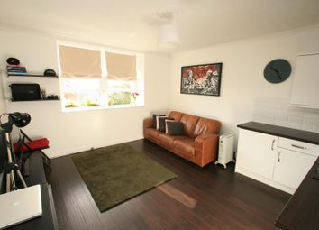 Thumbnail 1 bed flat to rent in Upper Belgrave Road, Bristol