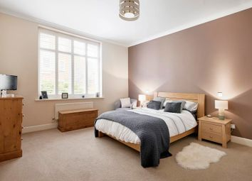 Thumbnail 1 bed flat for sale in Fisher's Close, London