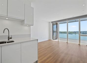 Thumbnail 2 bed property to rent in Wallis Walk, London