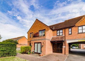 Thumbnail 2 bed flat to rent in Field Gardens, Steventon, Abingdon