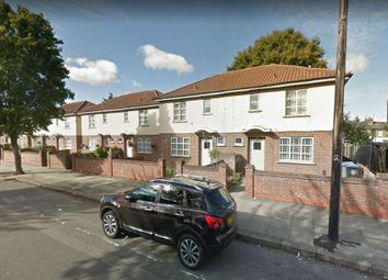 Thumbnail 3 bed detached house to rent in Aylesbury Street, London