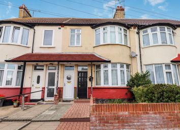 1 bed flat for sale in Eastcote Grove, Southend-On-Sea SS2