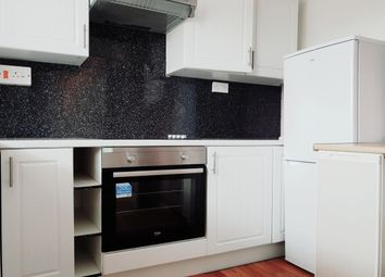 Thumbnail 3 bed maisonette to rent in Glaisdale, Luton