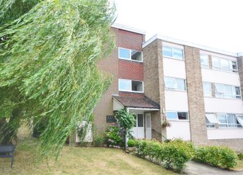 Thumbnail 3 bed flat for sale in Lower Tub, Bushey