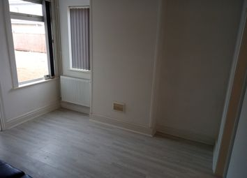 Thumbnail 3 bedroom terraced house to rent in Newmarket Road, Cambridge