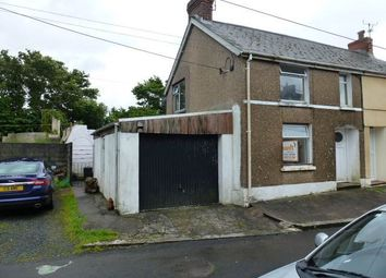 2 bed property to rent in Y Croft, Llansaint, Kidwelly SA17