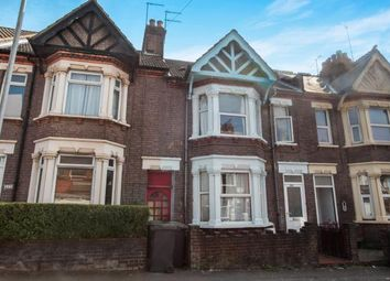 Thumbnail 3 bedroom terraced house for sale in High Town Road, Luton, Bedfordshire