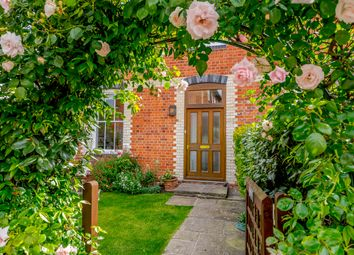 Thumbnail 2 bed mews house to rent in Friday Street, Henley-On-Thames