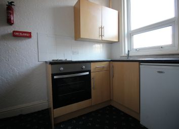 Thumbnail 1 bedroom flat to rent in Reads Ave, Blackpool