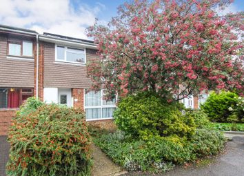 3 bed property for sale in Rosedale Close, Luton LU3