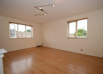 Thumbnail 2 bed flat to rent in Silver Birch Close, Friern Barnet, London
