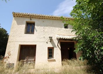 Thumbnail 5 bed villa for sale in Spain, Valencia, Alicante, Monóvar