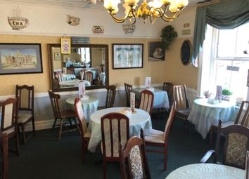 Thumbnail Restaurant/cafe for sale in Holton Road, Barry