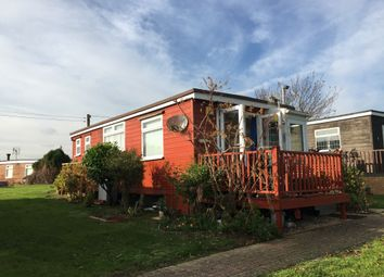 2 bed mobile/park home for sale in Marine Parade, Sheerness ME12
