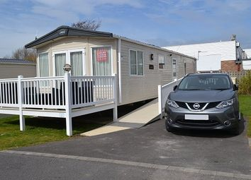 3 bed mobile/park home for sale in Marine Drive, Burnham-On-Sea TA8