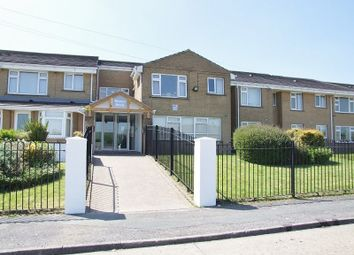 Thumbnail 1 bed flat to rent in Weavers Brook, Cumberland Close, Halifax
