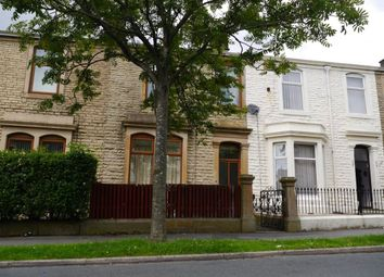Thumbnail 3 bed flat to rent in Avenue Parade, Accrington