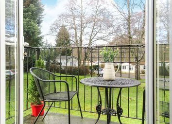 1 bed mobile/park home for sale in Turners Hill Park, Turners Hill, Crawley RH10