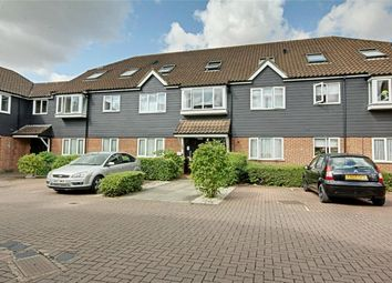 Thumbnail 2 bed flat for sale in The Meadows, Sawbridgeworth, Herts