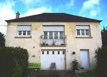 Thumbnail 2 bed detached house for sale in 29540 Spézet, Brittany, France