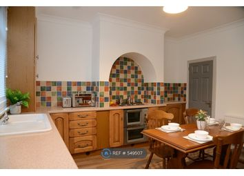 Room to rent in Agnes Road, Barnsley S70
