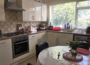 2 bed maisonette for sale in St Helens Cresent, Norbury, London SW16