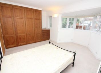 Thumbnail 4 bed terraced house to rent in Queens Avenue, London