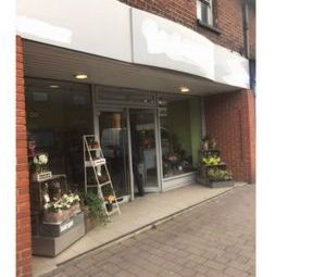 Thumbnail Retail premises for sale in Church Street, Caversham, Reading