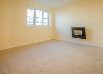 Thumbnail 2 bed flat to rent in Queens Crescent, Livingston, West Lothian