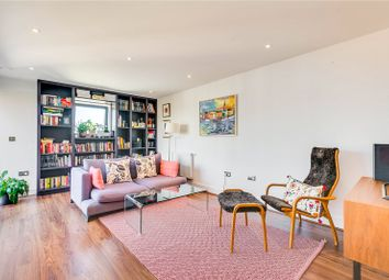 Thumbnail 3 bed flat to rent in Knightley Walk, London