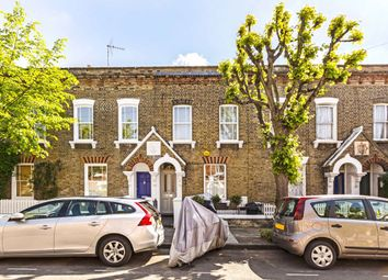 2 bed property for sale in Tyneham Road, London SW11