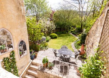 Thumbnail 2 bed flat for sale in Grosvenor Place, Bath