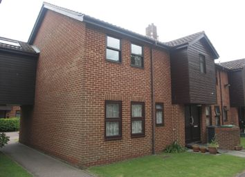 Thumbnail 2 bed flat to rent in Fishers Court, Fishers Opening, Great Yarmouth