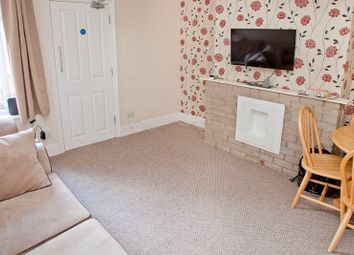 Thumbnail 3 bedroom shared accommodation to rent in Tealby Street, Lincoln