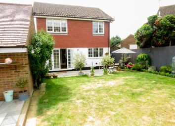 4 bed detached house for sale in Windmill Close, Buckingham MK18