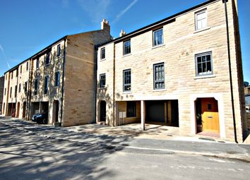 Thumbnail 3 bed town house for sale in Victoria Street, Glossop