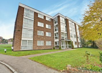 2 bed flat for sale in Park Road, New Barnet EN4