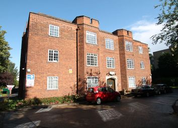 Thumbnail 3 bedroom flat for sale in Stoneygate Court, Stoneygate, Leicester