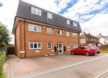Thumbnail 2 bed flat for sale in Hillside Avenue, Gravesend, Kent