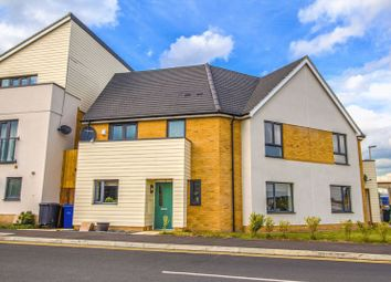 Thumbnail 3 bedroom semi-detached house for sale in Meadow Drive, Aveley, South Ockendon