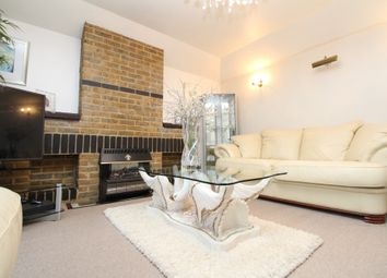 3 bed detached house to rent in Winterbourne Road, Catford SE6