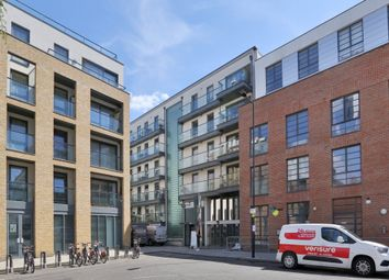 Thumbnail 1 bed flat to rent in Hertford Road, Haggertston