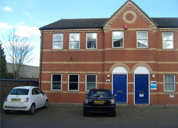 Thumbnail Office to let in Brighton Road, Crawley, West Sussex