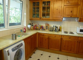 Thumbnail 3 bed flat for sale in Clarence Crescent, Clapham