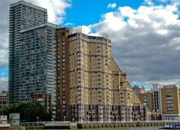 Thumbnail 2 bed flat to rent in Cascades Tower, 4 Westferry Road, Canary Wharf, London